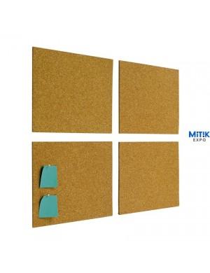 Pack 4 corchos autoadhesivos de 30 x 40 cm. Mediante agujas permite la fijación de información