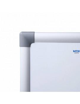 Pizarra mural blanca superficie lacada magnética eco. Disponible en formato 45x60, 60x90, 90x120, 90x180, 100x150 y 100x200 cm